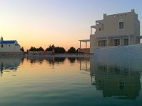 Sun and Moon Luxury Villas and Suites in Naxos